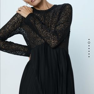 Zara dress lace pleated bloggers favorite M black